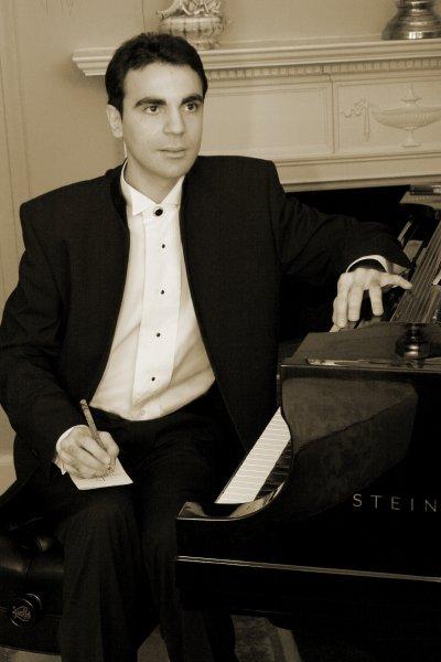 Sandro Russo, IAF performer